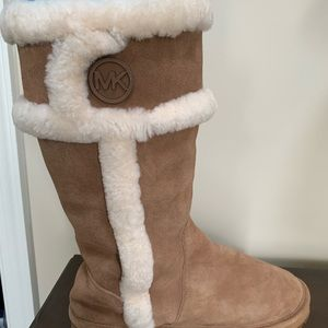 Michael Kors Women Suede Winter Boots